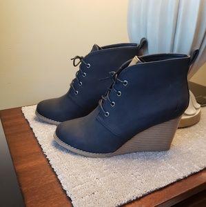 New Nautica Black/Tan Wedge Ankle Boot Ladies 8.5